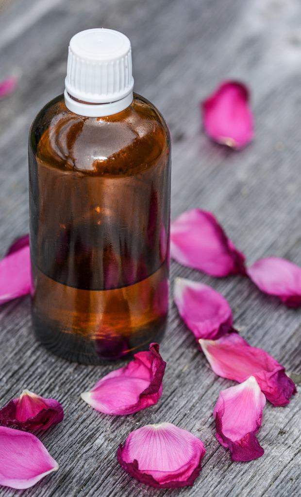 essential-oils-2536439_1280