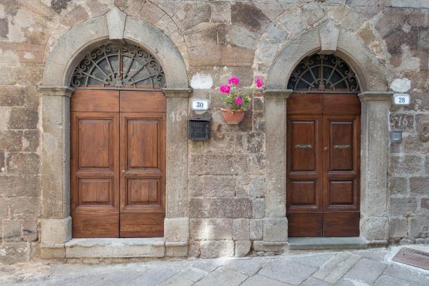 door-1001017_1280