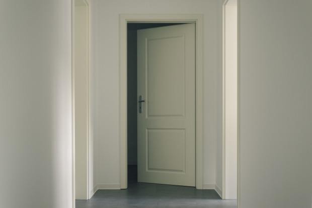 door-3036579_1280(1)
