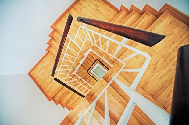 stairs-863348_1280
